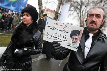 ۲۲ بهمن ۱۳۸۹ و نمایش چندش آور حکومتی